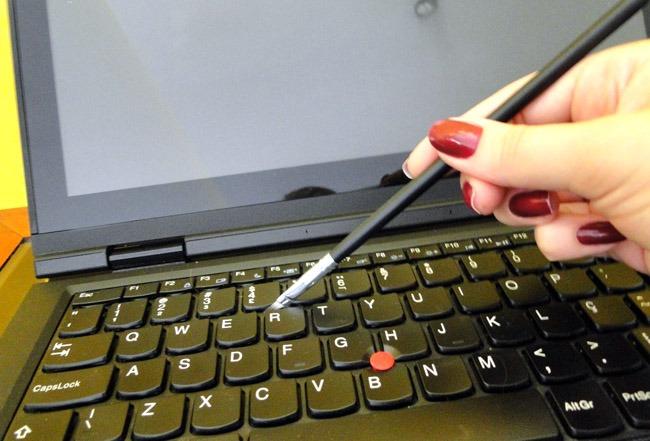 Como consertar teclado de notebook